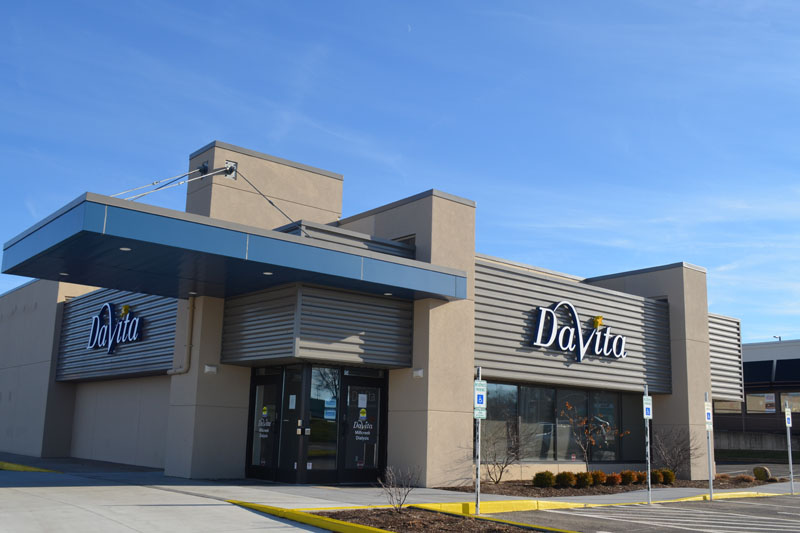 Davita, Erie, PA - EPDM Roofing, Sheet Metal Siding and Aluminum Composite Panels by Alex Roofing Company, Inc.