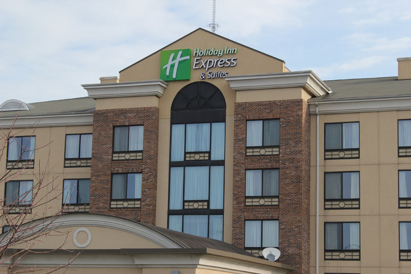 Commercial Roofing Project, Hospitality Industry, Holiday Inn Express by Alex Roofing Company, Inc.